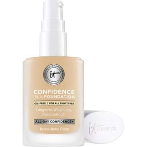 NWT It Cosmetics Confidence in a Foundation